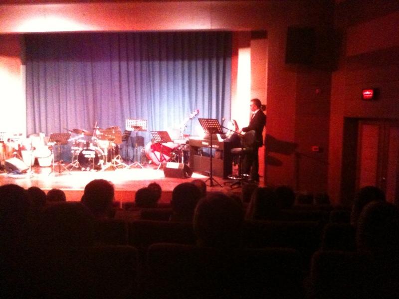 Candaş Orkestrası- Aryalardan Napolitenlere Müzikallerden Latinlere Seyrüsefer- Candaş Orkestrası - CKM