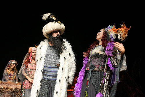 Musahipzade Celal Bey - İstanbul Efendisi - Tiyatro