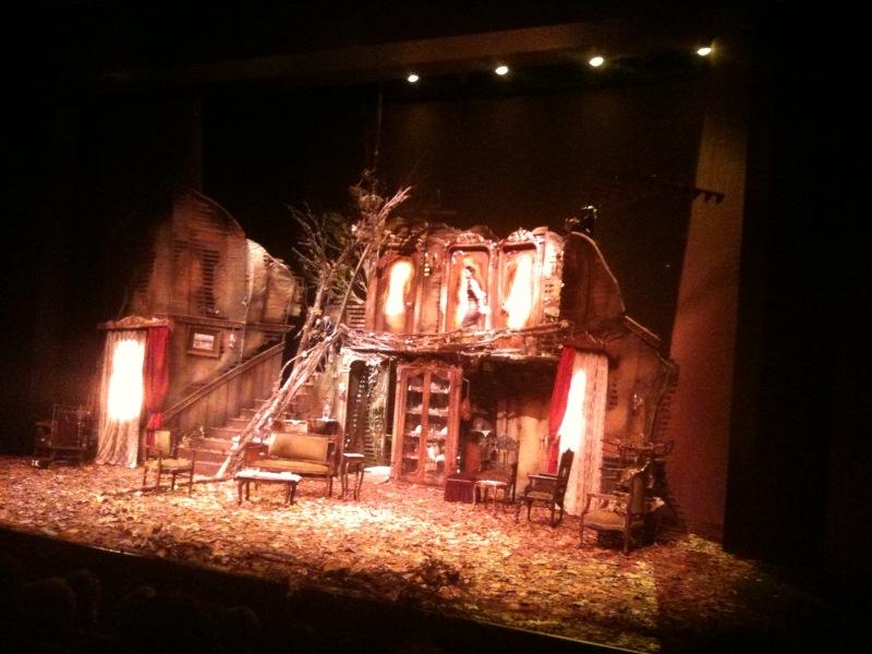 Dört Kişilik Bahçe - Murathan Mungan - Tiyatro - Radyo Oyunu - Harbiye Muhsin Ertuğrul Tiyatro Sahnesi